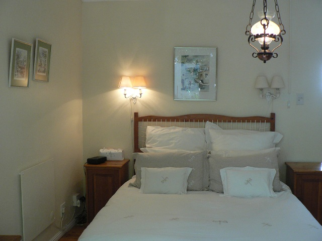 San_Toy_Llandudno_Cape_Town_Self_Catering_Accommodation_Bedroom_1