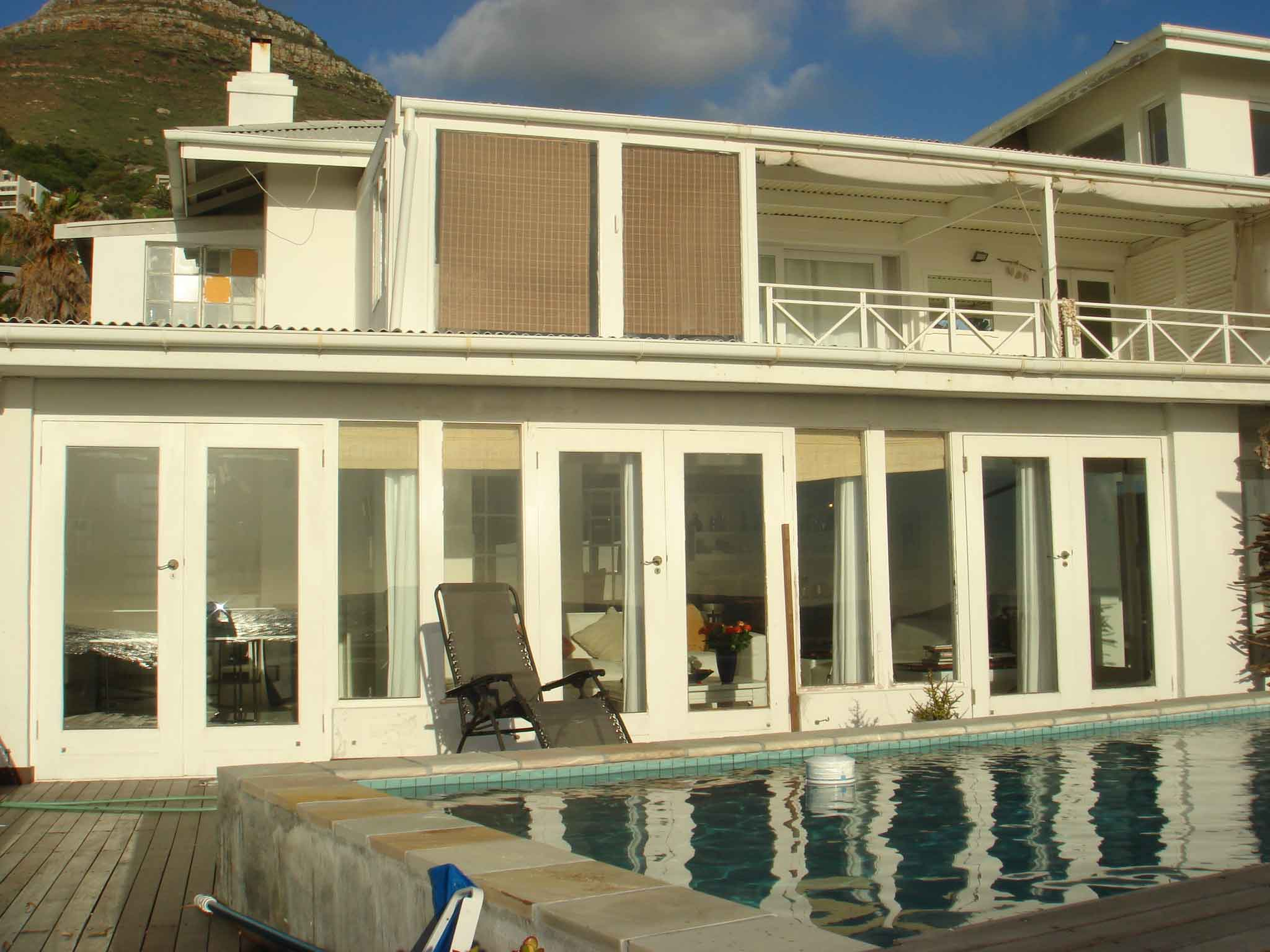Waters_Edge__Llandudno_Cape_Town_Holiday_House